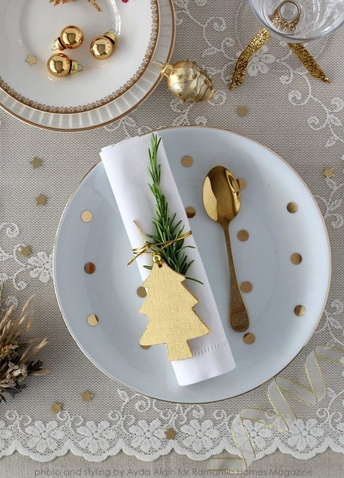 Christmas table settings diy a way of dreaming not to complicated but still much fun to present on your table i even tried to create some things on my own just do it yourself this time its 2016 solutioingenieria Images